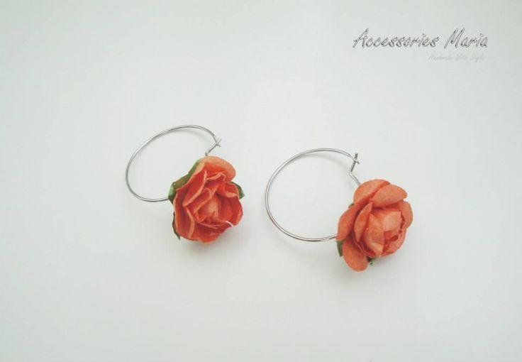 Cercei cu floricele (10 LEI la AccessoriesMaria.breslo.ro)  #earrings #flowers #roses #handmade #AccessoriesMaria