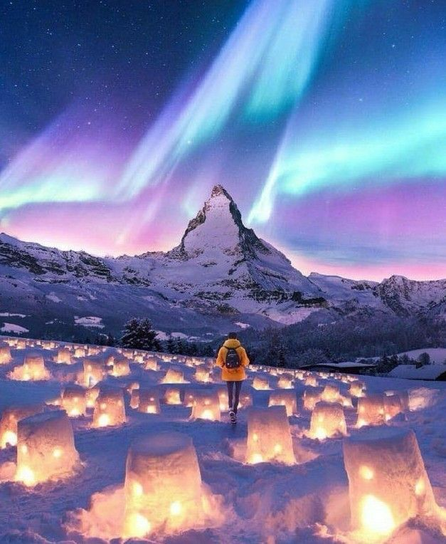Absolutely Gorgeous Nature Stunning Mountains Snow Winter Northern Lights Night Sky Amazing Photogr Noorderlicht Fotografie Natuur Nachtelijke Hemel