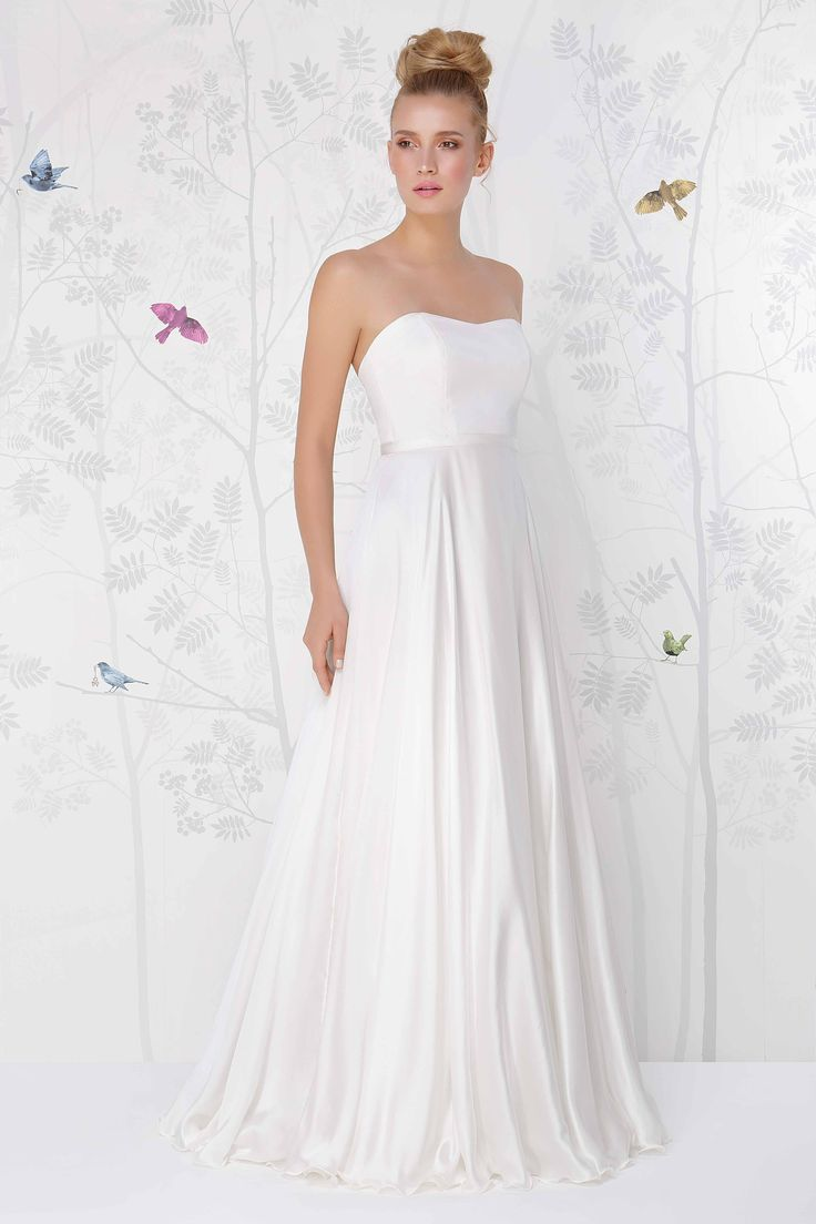 SADONI wedding dress LONDON A in vintage silk satin. Perfect with STONE belt.