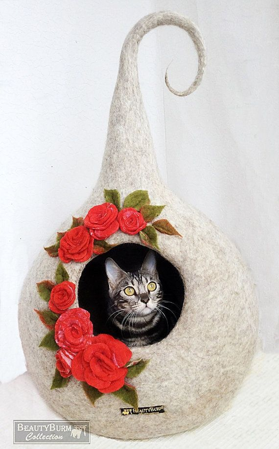 House for Little Elf - House Cat - House felted - felting wool - Rosess - for cats - for kittens - Eco-house - home - cat cave - Decor