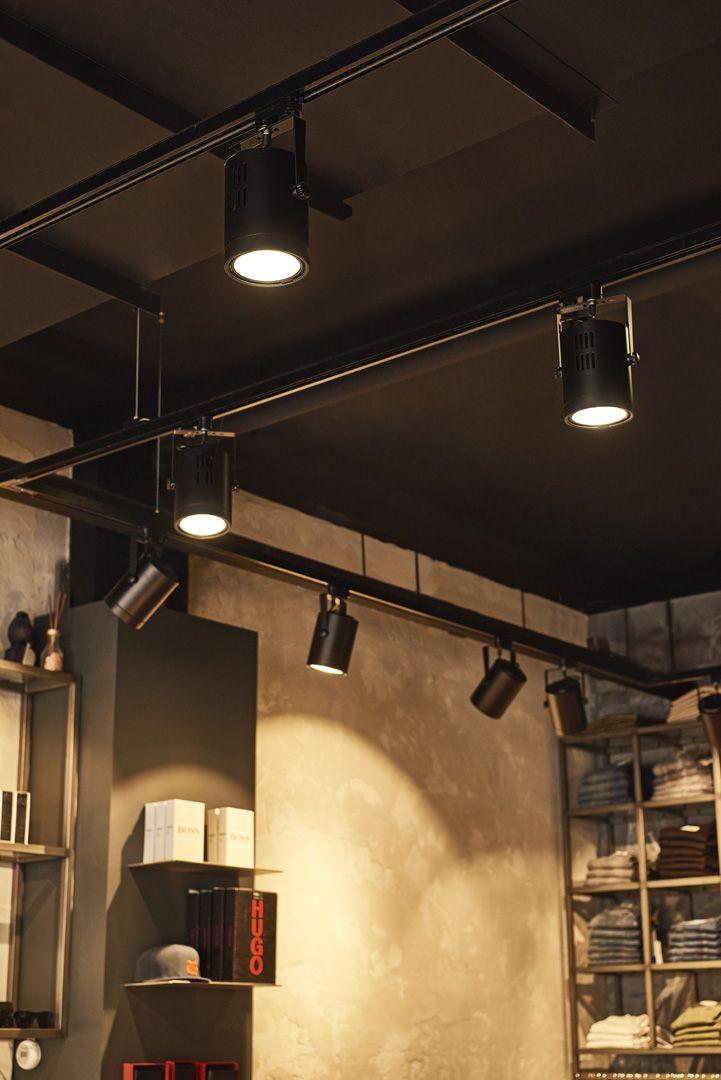 Bevorzugt Der dreh- und schwenkbare Hochvolt LED-Strahler EURO SPOT mit CS41