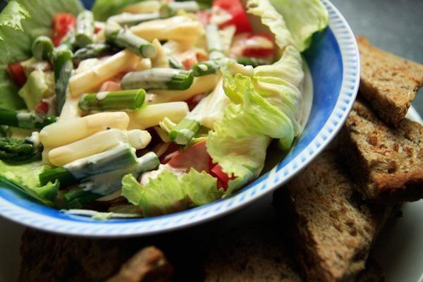 Spárga saláta recept képekkel