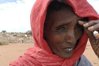 CARE-Pakete für Ostafrika: Nothilfe Hungersnot. Nicht jeder Mensch hat den Luxus genug zu Essen zu haben, ein mehr als trauriger Zustand... Wir wollen CARE dabei helfen, den Hunger und die Armut nachhaltig zu bekämpfen!
