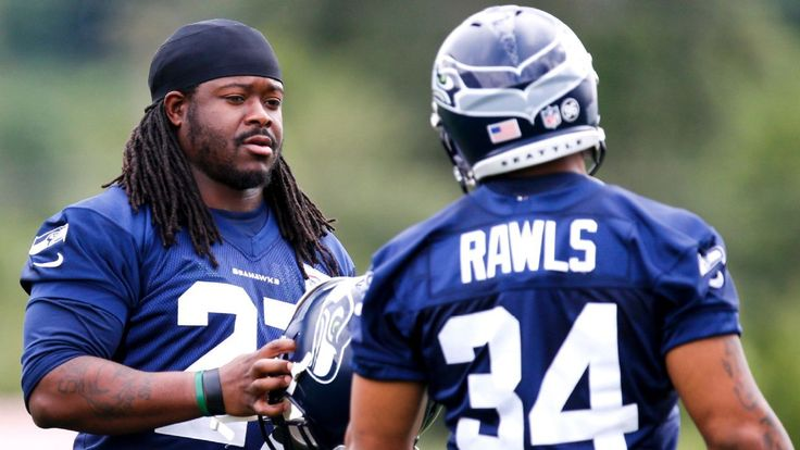 With Thomas Rawls hobbled, Eddie Lacy could be busy in his return to Green Bay