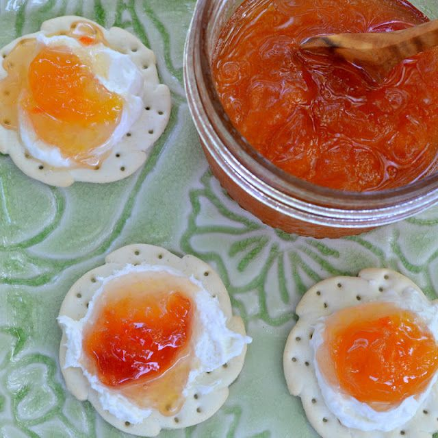 As far as I'm concerned, the world falls into two camps, those who love Habanero Peach Jam, and those who are still living in the dark ages.  If you've never had the pleasure then you're in for an experience.  This isn't a jam for your morning toast, this is for the cocktail hour — with some fluffy cream cheese and a crisp cracker,  it's addictive.  And that's not just me saying that, it's a well documented phenomenon. The beauty of these European style jams that Elisa introduced me to is…