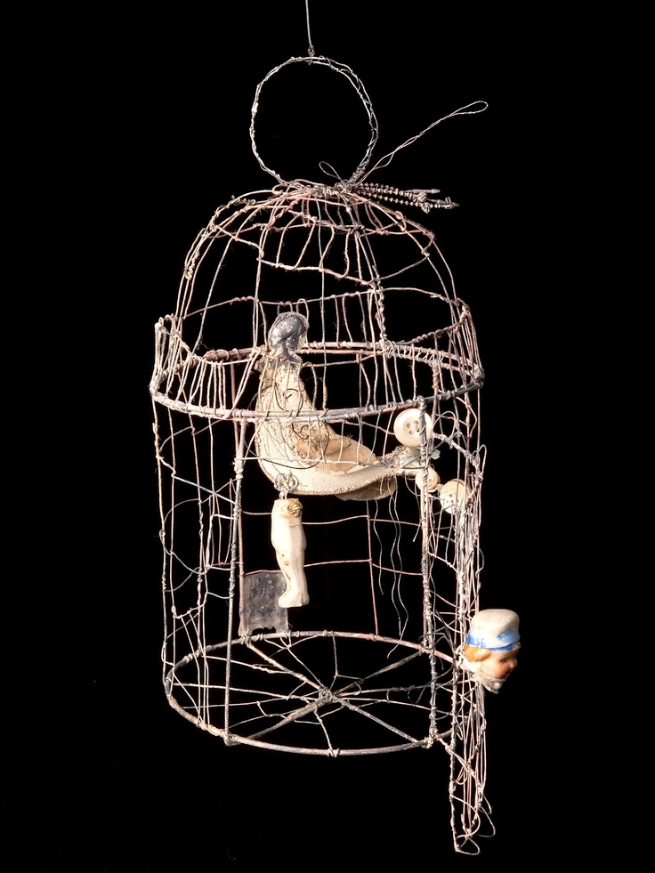 Priscilla Jones- she has created a bird in a cage out of wire. she had created the bird out of wire then added material to it to create a more realistic bird. it also creates a contrast of the matal,dull cage agsints the colour of the bird.
