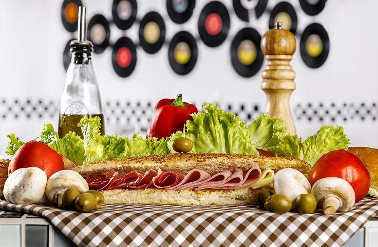 Algunas de las piezas fotográficas y diseño desarrolladas  para la Merienda Dinner Pereira Colombia Fotografía Alejandro lopez fotografía (David Alejandro López Ospina)