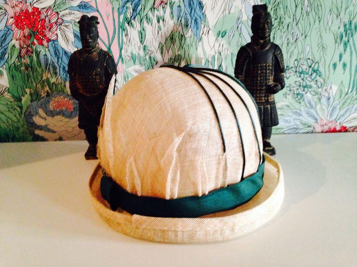 Sombrero de sinamay colección Vietcom