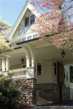 Arts and crafts houses in massachusetts