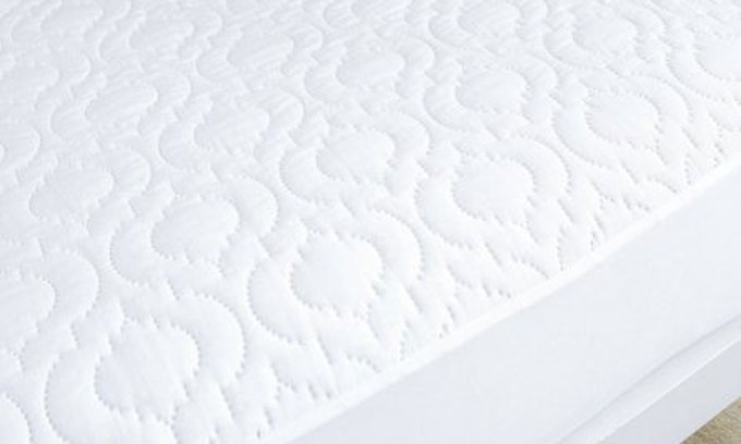 Quilted Cotton Mattress protectors, ideal for the hospitality industry and home use.  Easily removable and machine washable  http://www.livingstonessupplyco.co.za/housekeeping/mattress-covers/wo-quilted-mattress-protector.html