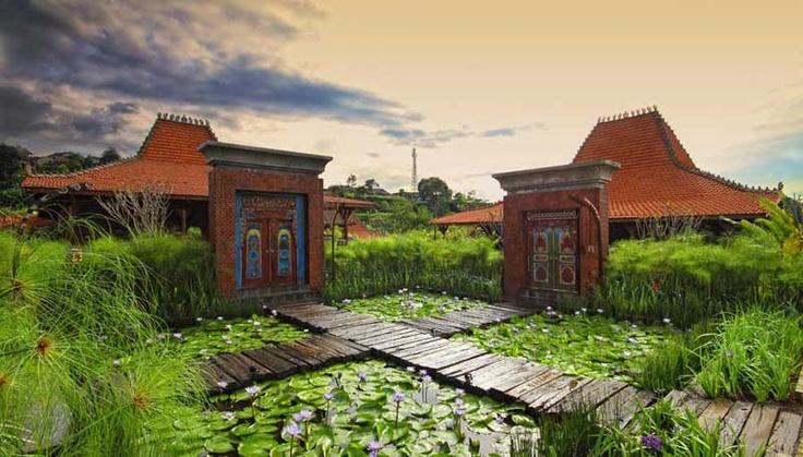 Villa Limasan gate, Jadul Village Resort & Spa, Lembang, Bandung.