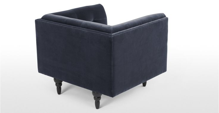 Connor fauteuil, donkerblauw fluweel | made.com