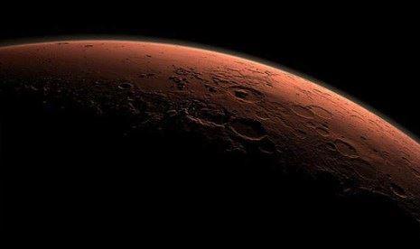 Pesawat ruang angkasa NASA yang direncanakan mendarat di Mars pada tahun 2021 akan berupaya untuk membuat oksigen di permukaan planet merah itu. Pesawat Mars 2020 itu akan membawa tujuh proyek yang diarahkan untuk merintis jalan bagi misi berawak ke Mars dengan mencari bukti-bukti kehidupan dan menyimpan sampel yang kelak dibawa kembali ke sana. http://on-msn.com/1AM3CId