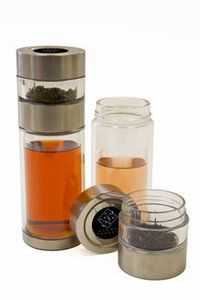 """Perfect Steeper"" portable loose tea brewer by Eight Cranes."