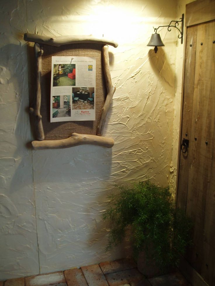 木材を使って壁をデコレーションするには? 流木専門店 海の木 の アクセサリー&デコレーション 流木フレーム