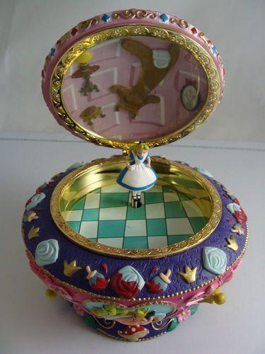 Disney's ALICE IN WONDERLAND 50th Year MUSIC BOX Jewelry Trinket Box ~ BEAUTIFUL