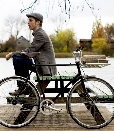 Copenhagen Parts proudly presents: the Bike Porter – an integrated handlebar and basket.
