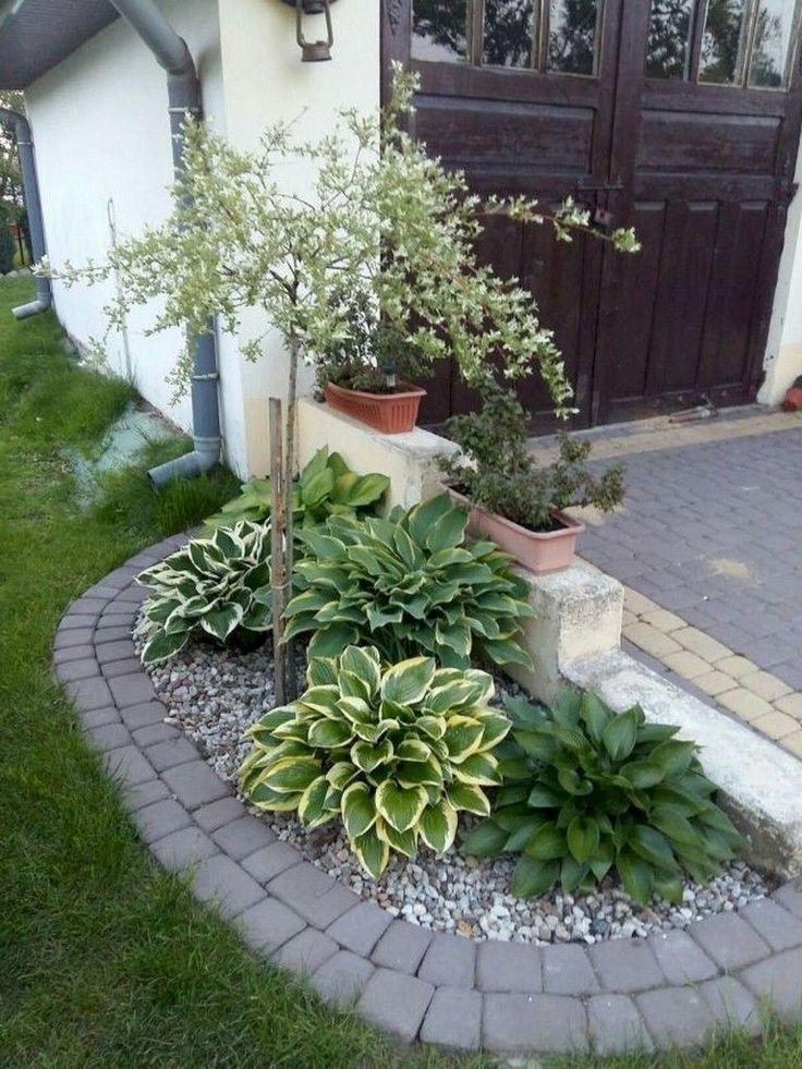 70 Cool and Gorgeous Entrance Backyard Landscaping Concepts #frontyard #frontyardlandscap…