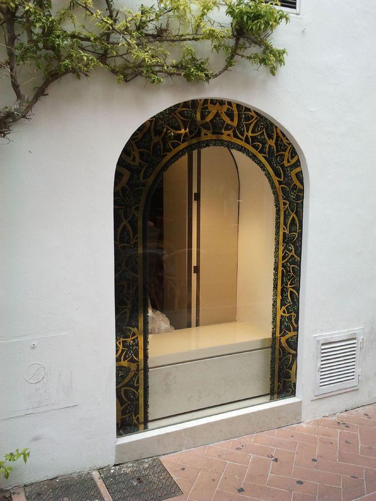 Decorazione catena gioiellerie. Installazione in tutta Europa  www.mtlook.it
