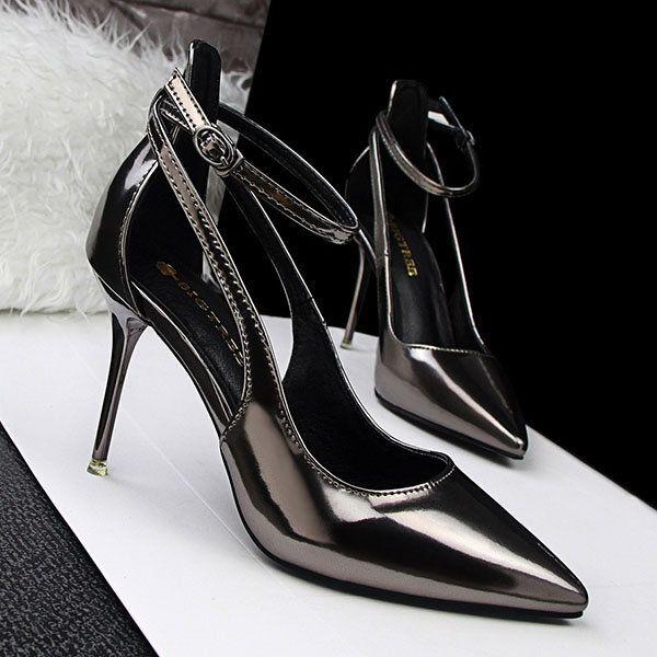 Pin em Sapatos | Scarpin