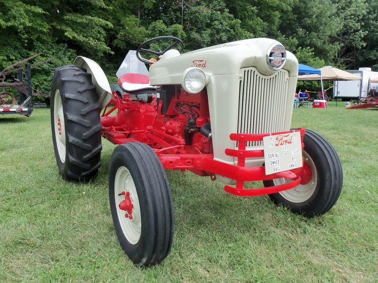 Ford 600 Tractor Farm : Ford sn tractors equipment