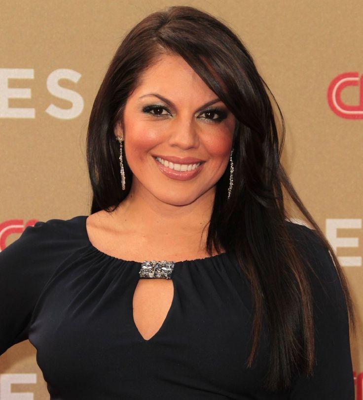 Sara Ramirez. (31-8-1975, Mazaltan).