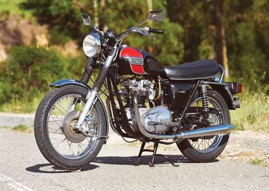 Triumph motorcycle dating certificate