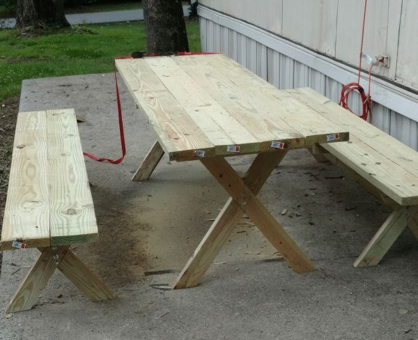 cross-leg picnic table made by Terry King photo 1