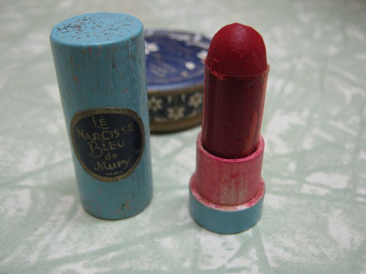 Vintage make up, 1920s lipstick in wooden tube, it is tiny - about 1 1/2 inches high!
