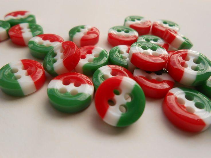 Bottoni in plastica - Bottoni Tricolore Bandiera Italiana pz12 - un prodotto unico di raffasupplies su DaWanda