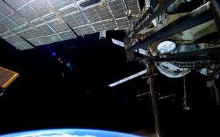 ISS Lakukan Manuver untuk Hindari Benturan Sampah Ruang Angkasa