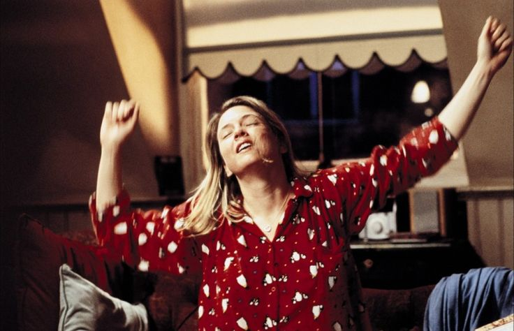Bridget Jones's Diary (2001) - starring Renee Zellweger - all by myself, don't want to be all by myself ... anymore ...