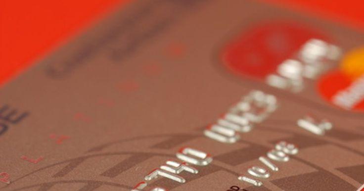 Cómo reviso el saldo de mi cuenta EBT. El sistema de Electrónic Benefit Transfer (Transferencia electrónica a beneficiarios o EBT), es una manera en la cual los beneficiarios de apoyos gubernamentales y programas de asistencia para alimentos reciben fondos electrónicamente a través de una tarjeta EBT asignada. LA tarjeta EBT es aceptada en gran parte de las tiendas de recaudo y cajeros ...