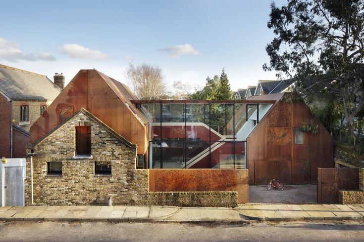 Set within the Kew Green Conservation area of south-west London on a quiet residential street, Kew House is an award winning family home with almost 4,000 sq ft of internal accommodation. Designed by renowned architect Stuart Piercy of Piercy & Company, it was completed in 2014 and has been shortlisted for the RIBA House of […]