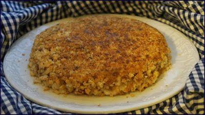 Torta rustica di pane raffermo con besciamella e funghi cotta in padella - Ricette di non solo pasticci