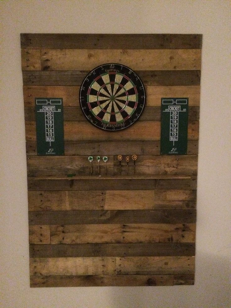 Dart board made of old pallet wood.                                                                                                                                                                                 More