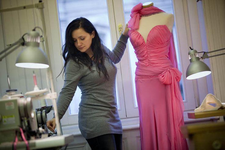 Chief designer Anita Benes during work at the Daalarna workshop