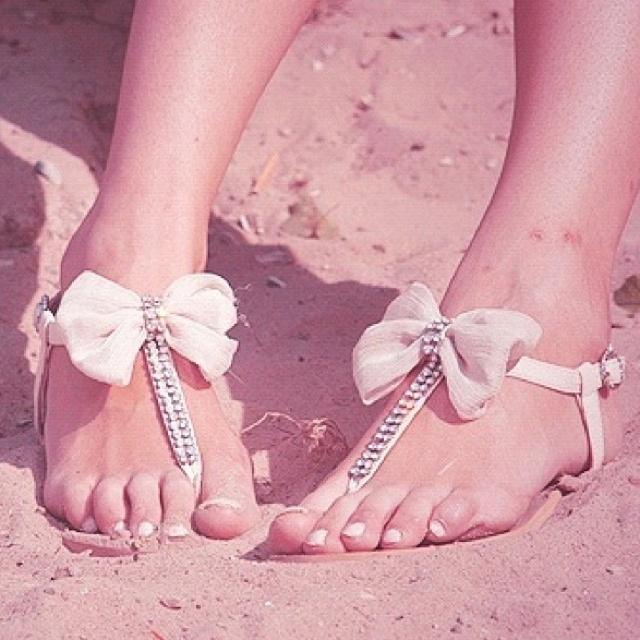 Rhinestone & Bow Sandals :)