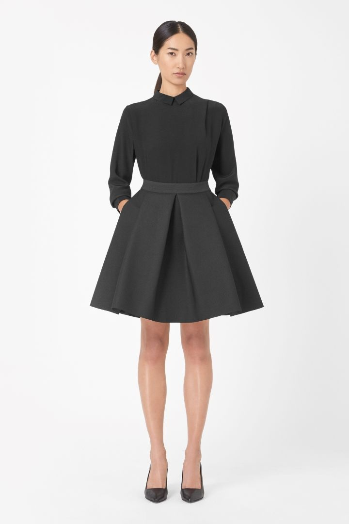 COS | Raw-cut pleated skirt