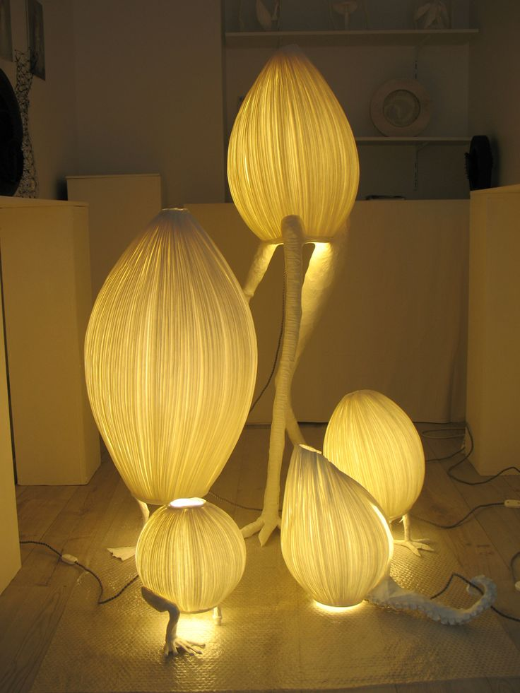 Papier a 39 etres sculptures lumineuses paper paper paper for How to make paper mache lamps