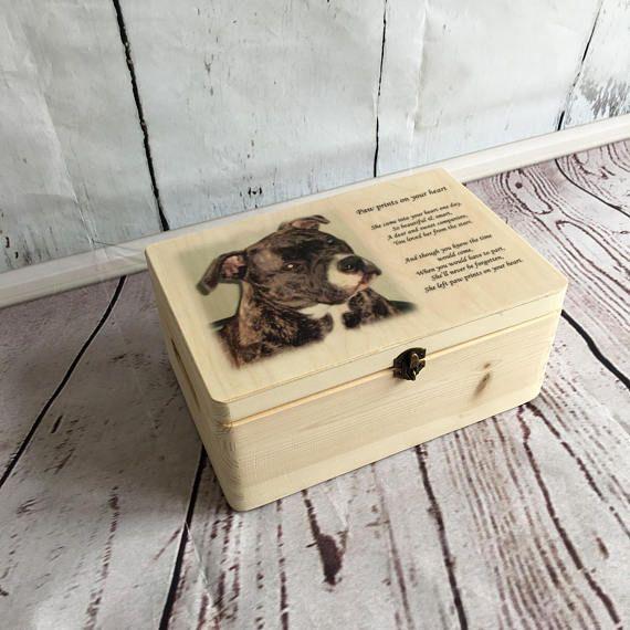 Dog urn, cat urn, pet memorial, Wooden memorial box, urn for dog, urn for cat, pet memorial, pet urn, personalised urn, photo urn