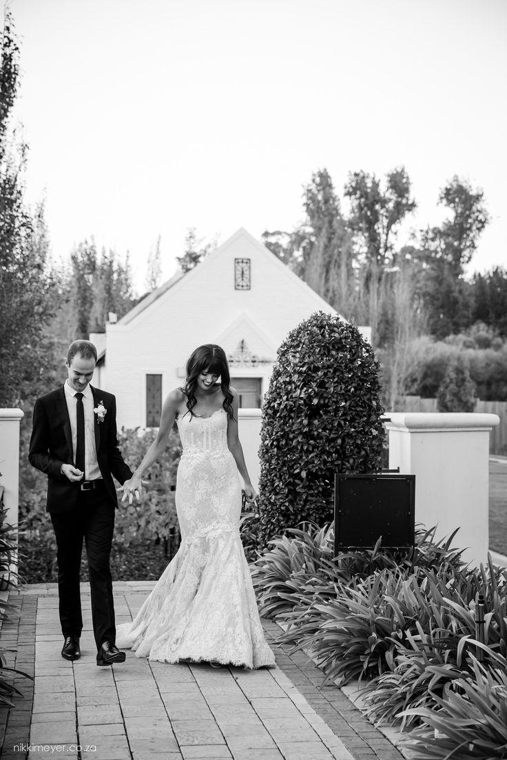 Border lace wedding dress