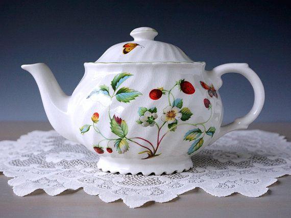 Old Foley James Kent Strawberry Teapot Green by TeacupsAndOldLace
