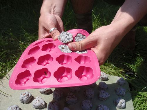 Make your own eco-friendly seed bomb favors, great as a supervised party activity with kids.