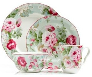 English Rose pattern by 222 Fifth   LOVE this!!