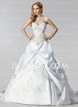 Balklänning Hjärtformad Court-släp Satin Bröllopsklänningar med Brodering Rufsar Pärlbrodering (002000485)