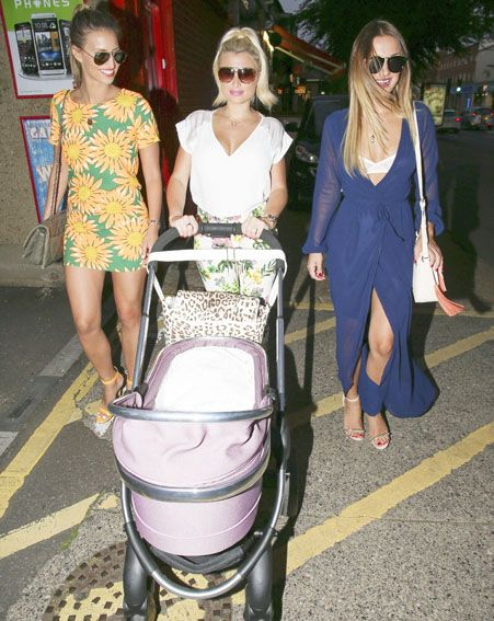 Billie Faiers and fiancé Greg Shepherd take daughter Nelly on her first night out.  Source: http://www.ok.co.uk/celebrity-news/billie-faiers-baby-nelly-first-essex-night-out