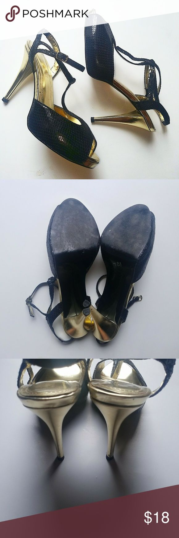 Colin Stuart Black Snakeprint Gold heeled pumps size 10M(medium width) front scuff,and heels have little marks and minor wear on bottoms as shown, plenty of life left! Colin Stuart Shoes Platforms