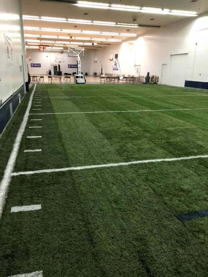 Indoor Gym S Benefit From Recycled Artificial Grass Too Transform Your Local High School Gym To An Indoor Training Cente Artificial Grass Indoor Gym Grass