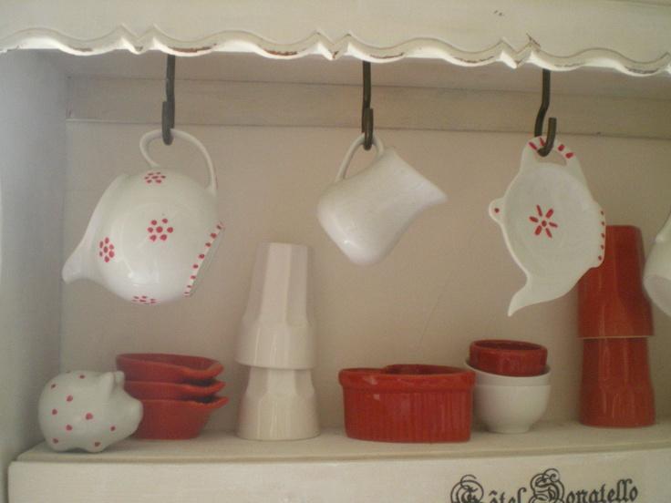 D corer la vaisselle au vernis ongles bonne id e de l 39 atelier scaramouche cr ations for Peindre sur du vernis